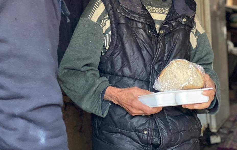 Şile'de evlere sıcak yemek hizmeti hız kazandı