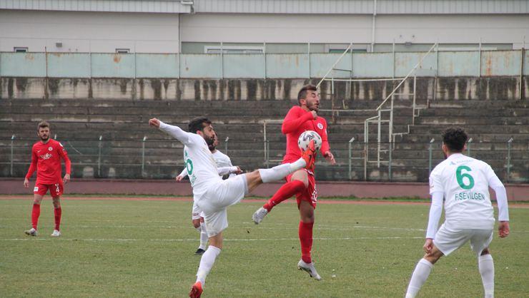 Şile Yıldızspor Yalova'yı  deplasmanda avladı