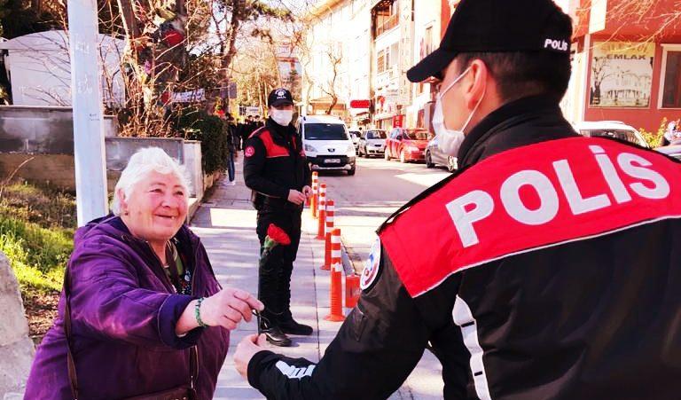 Halkın vicdanı Şile Polisi yüzleri güldürdü